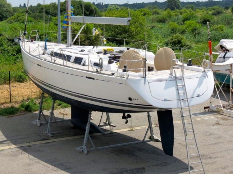 Dufour Yachts 525 Grand Large